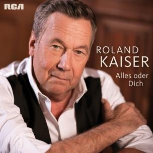 Nog steeds geliefd als schlager zanger  ook verkrijgbaar bij hollandmarkt ter Huurne in Buurse of bel 053-5726677